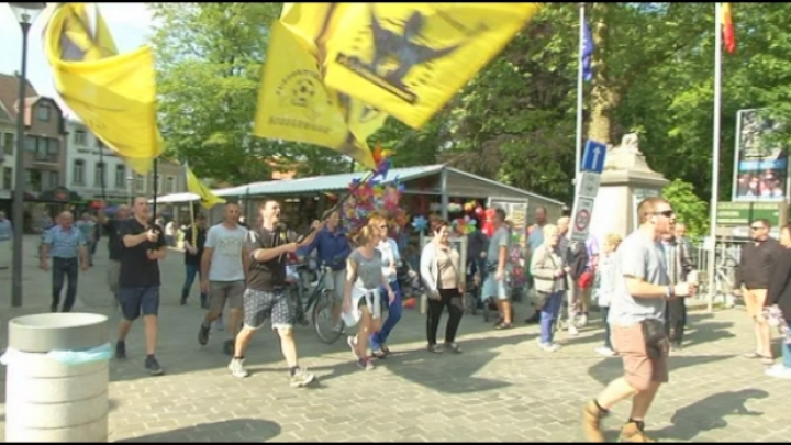 Supporters Lierse te voet naar Scherpenheuvel