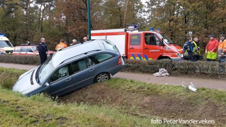 Auto In Gracht Nadat Bestuurster Onwel Werd Page 4 Rtv