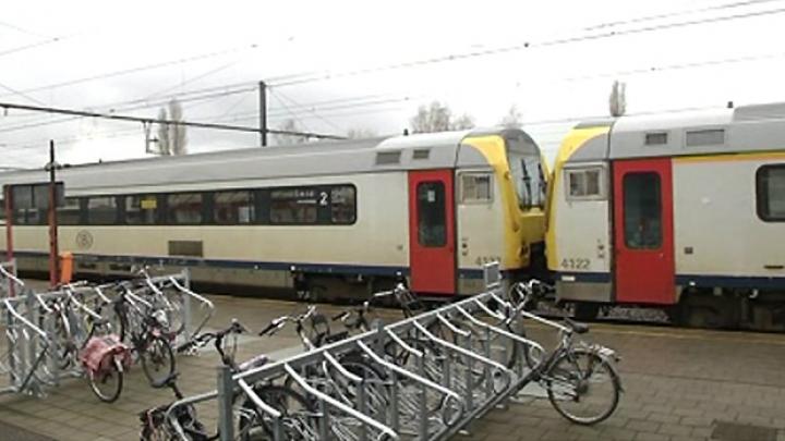 Kleine treinbrand in station Herentals