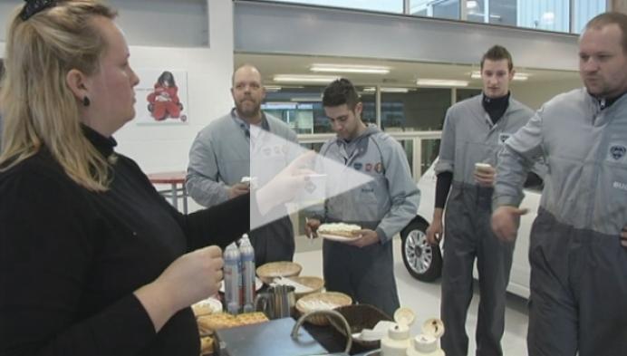 Werkwilligen krijgen wafels en koekjes
