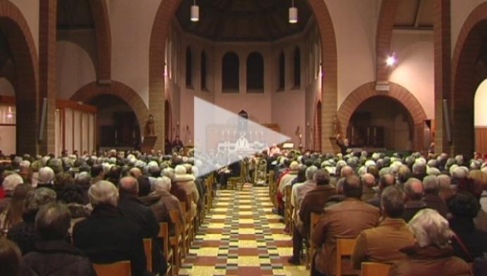 Laatste eucharistieviering in Mol-Achterbos