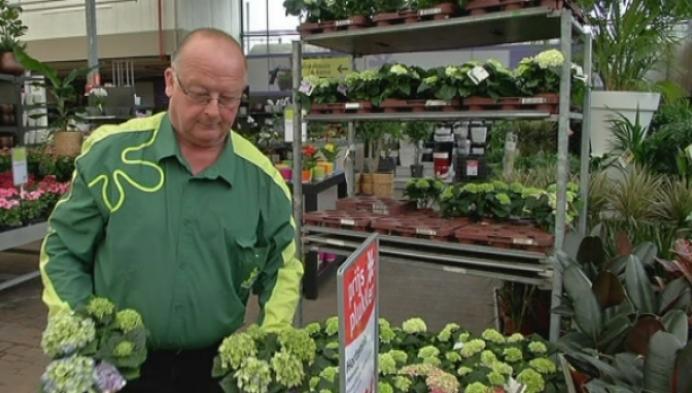 Olenaar Vic Mertens verkoopt tuincentrum aan Hubo