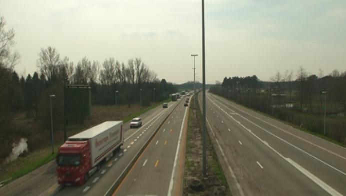 Elke dag flitsers langs de weg bij werken E34 Lille