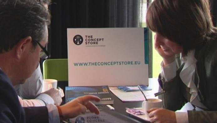 Balense communicatie-experte ontmoet nieuwe zakenpartners op golfbaan
