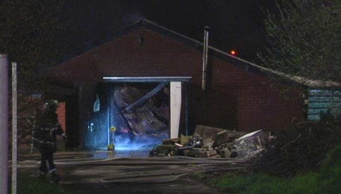Uitslaande brand in fabriekshal in Poppel