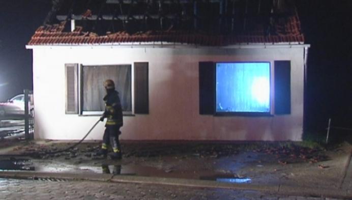 Zware brand vernielt woning in Oud-Turnhout