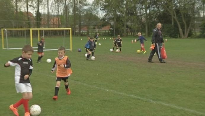 Wachtlijst voor jeugdspelers KSAV Sint-Dimpna