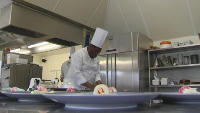 Hotelschool Turnhout kookt culinair voor vrijwilligers van CAW Kempen