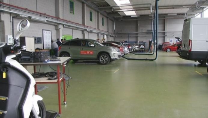 Studenten Thomas More bouwen ecologische auto