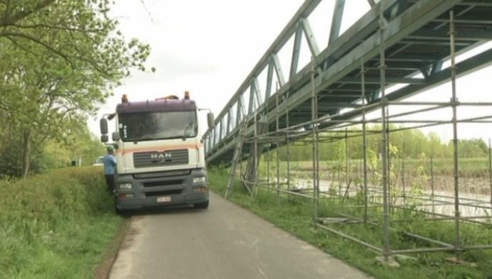 Fietsbrug Walem 5 maanden dicht: fietsersbond boos