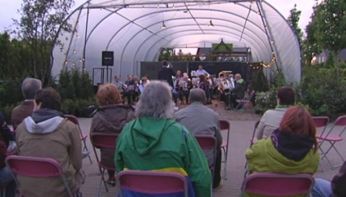 Berlaarse tuinen weerklinken wereldmuziek