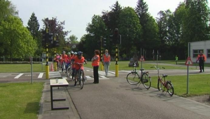 500 leerlingen leggen fietsexamen af in Mol