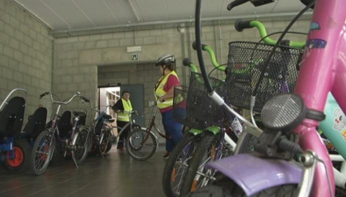 12 vrouwen in Mol krijgen fietsdiploma