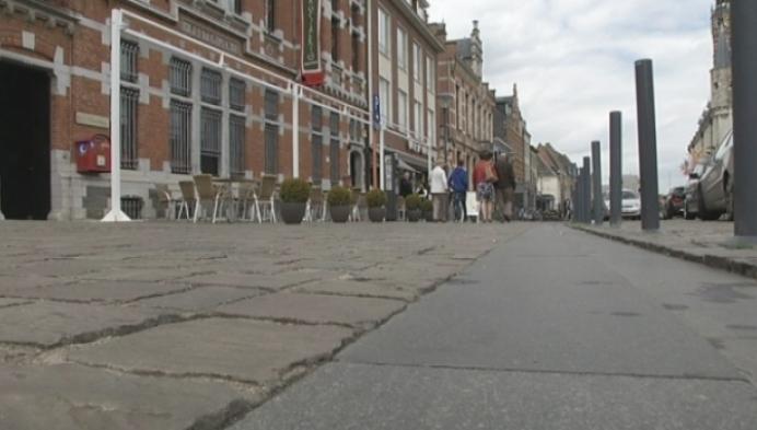 Stadsbestuur Herentals legt bouw terrasluifel stil