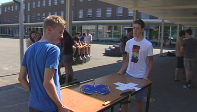 Leerlingen Sint-Pieter bouwen drone op zonne-energie