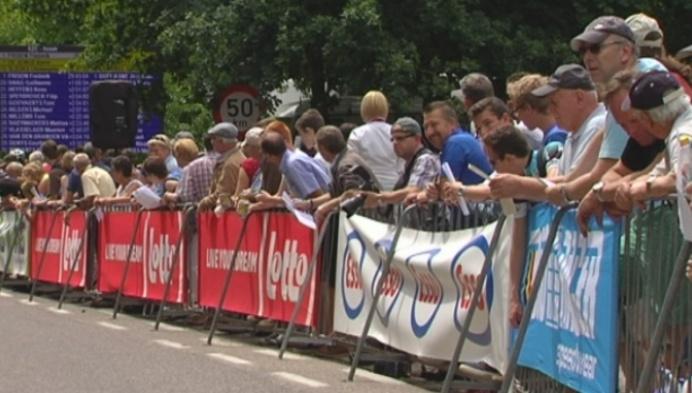Van den Broeck wint BK tijdrijden in Mol-Postel