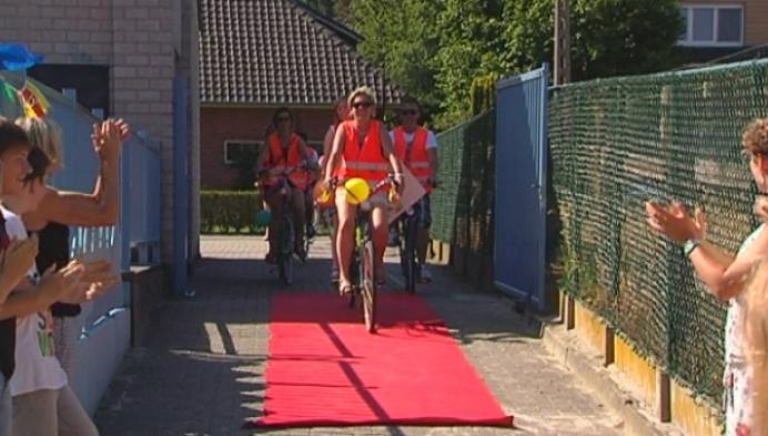 Allerlaatste schooldag voor juf Annemie in Ter Speelbergen