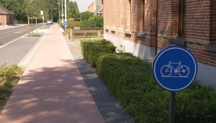 Absurd fietspad Koningshooikt voorlopige oplossing