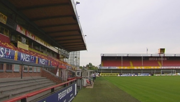 KV Mechelen speelt over maand voor nieuwe tribune