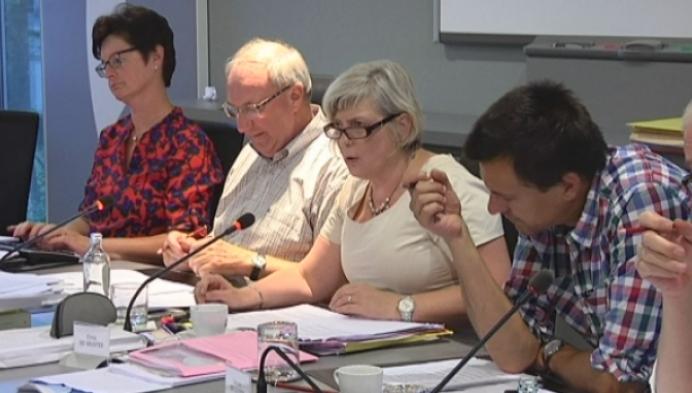 Laatste gemeenteraad voor burgemeester Chris De Veuster in Putte