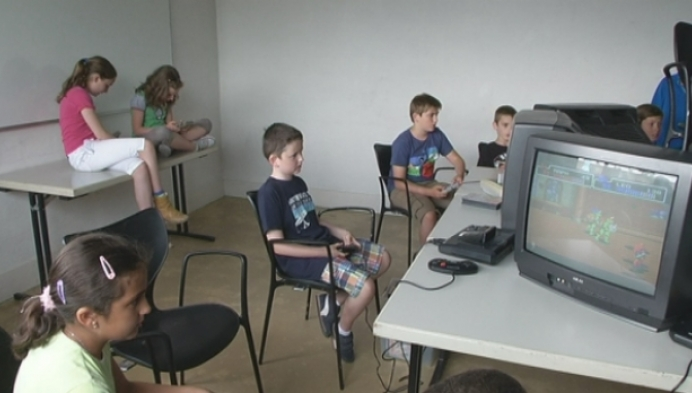 Kinderen maken kennis met retrogames