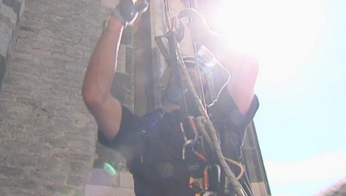 94 meter omhoog om Sint-Romboutstoren te inspecteren