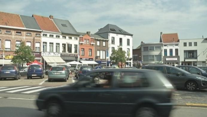 Joyriders rijden met Maserati in Willebroek