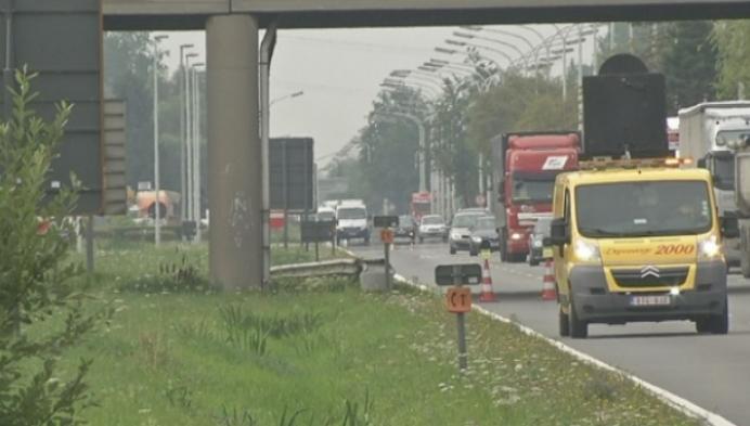 Fileleed door ongeval met 2 vrachtwagens op A12