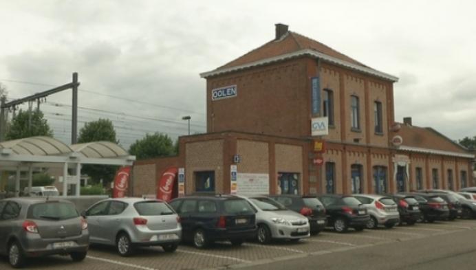 Extra parkeerplaatsen aan station Olen