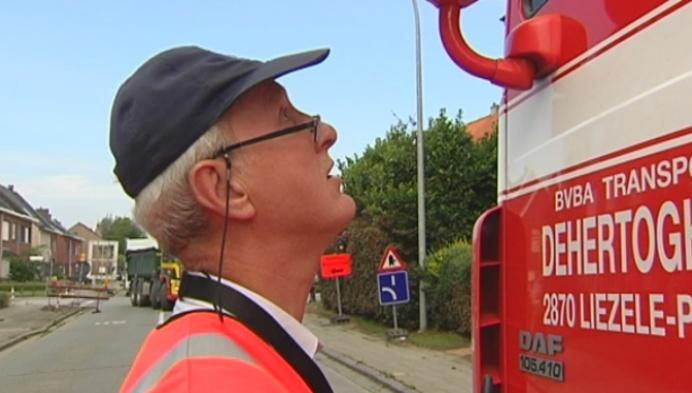 Politie Lier geeft 81 vrachtwagenchauffeurs waarschuwing