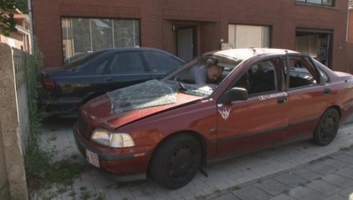 Ontplofte auto vermoedelijk kwaad opzet