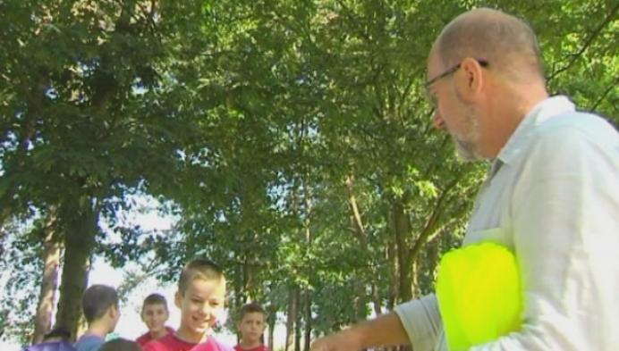 Belbus afgeschaft: 15 kinderen te voet langs gevaarlijke weg
