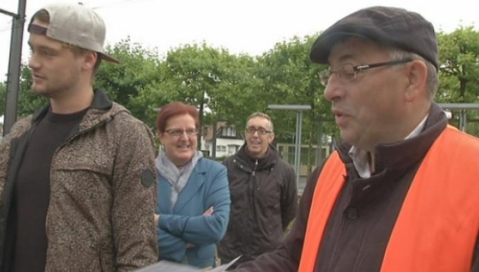 ProMobiel deelt wenskaarten uit aan station Bornem