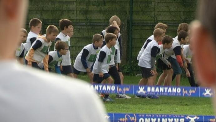 2000 Berlaarse leerlingen aan de start van scholenveldloop