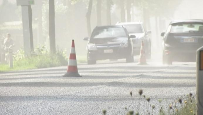 Olenseweg krijgt toch nieuwe asfaltlaag