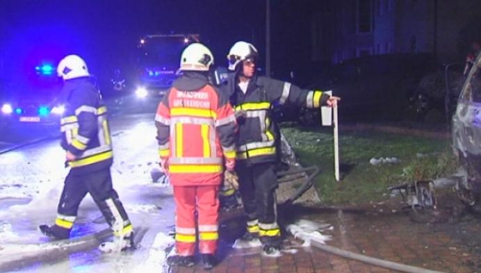 Vrachtwagen brandt uit na kwaad opzet