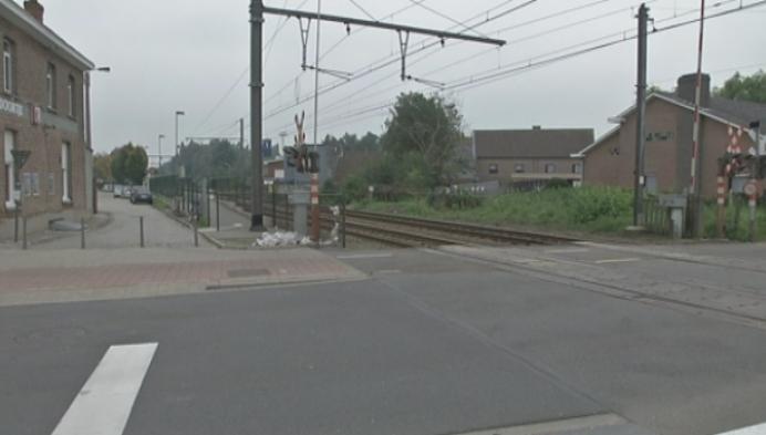 11 mensen betrapt bij oversteken van spooroverwegen tijdens rood licht