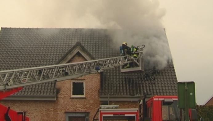 Woningbrand verwoest pas gerenoveerd huis