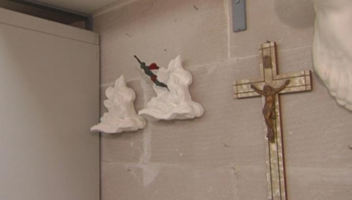 Kunstenaar Van Soom schenkt paus bijzonder beeld