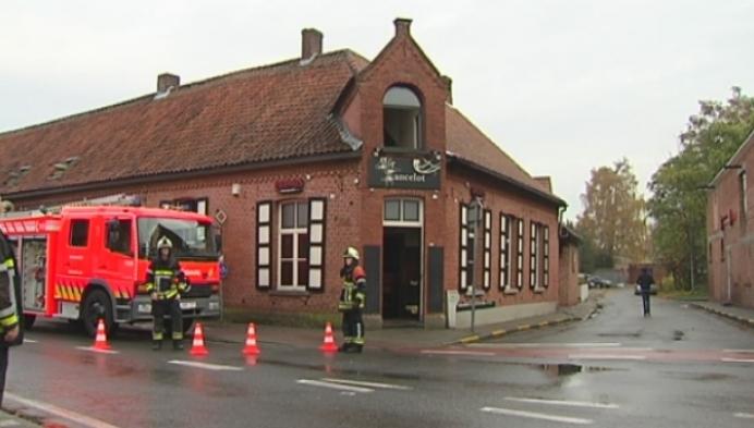Korte brand in café Sir Lancelot in Merksplas