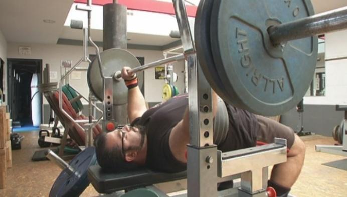 Orhan wil geschiedenis schrijven op WK powerlifting