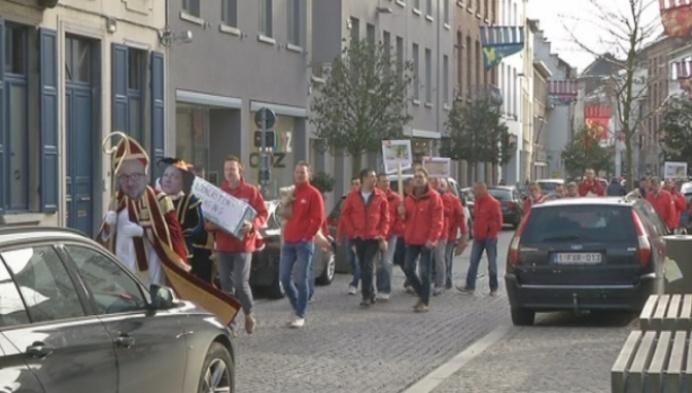 ABVV speelt Sinterklaas bij VOKA