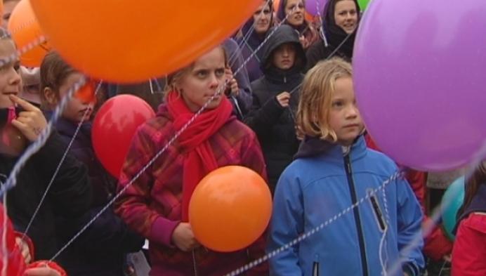 Grootste meisjeschiro blaast 50 kaarsjes uit in Retie