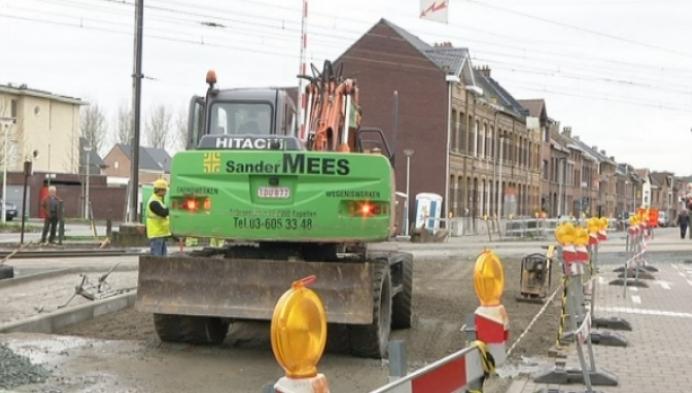 Spooroverweg Lispersteenweg later klaar