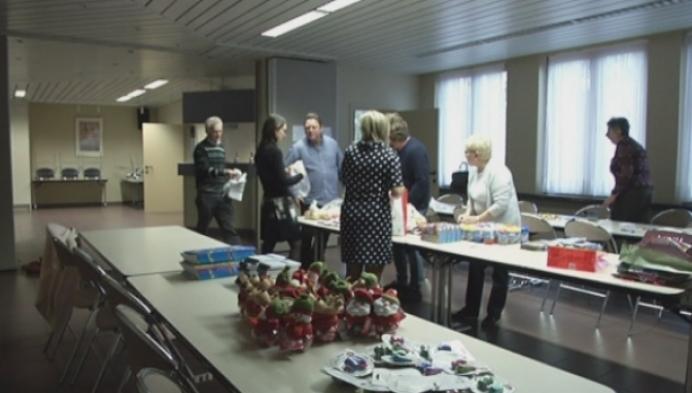 Cadeaupakketjes voor kansarme kinderen in Turnhout
