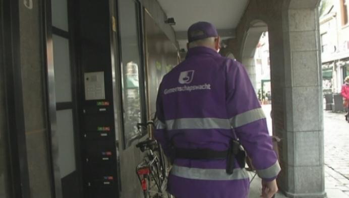 Slecht geparkeerde fietsen krijgen waarschuwing in Lier