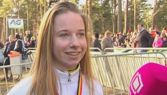 Joyce Heyns en Tess Van Loy blij met hun Belgische titels