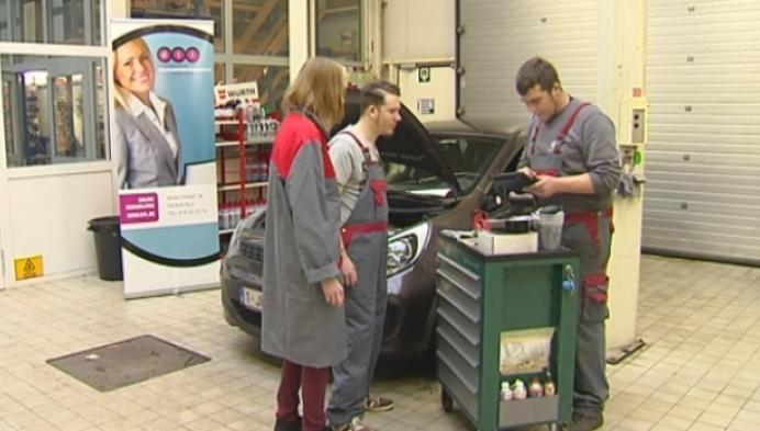 Garage in Herentals biedt atelier én auto's aan voor cursisten mecanicien