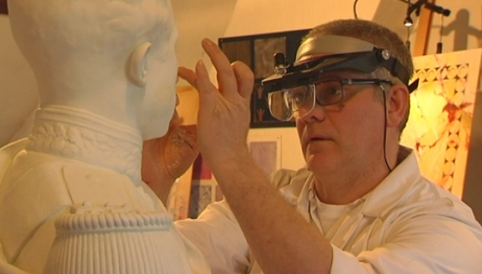 Bart Keutgens restaureert borstbeeld Albert I