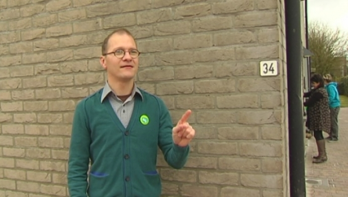Bewoners MPI Oosterlo leiden RTV rond in hun huis